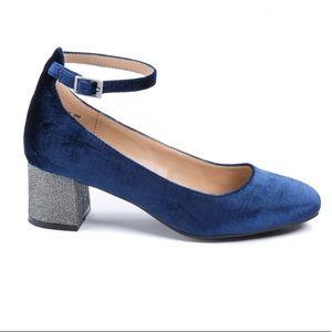 Andrew Geller velvet sparkle heels, sz 6.5